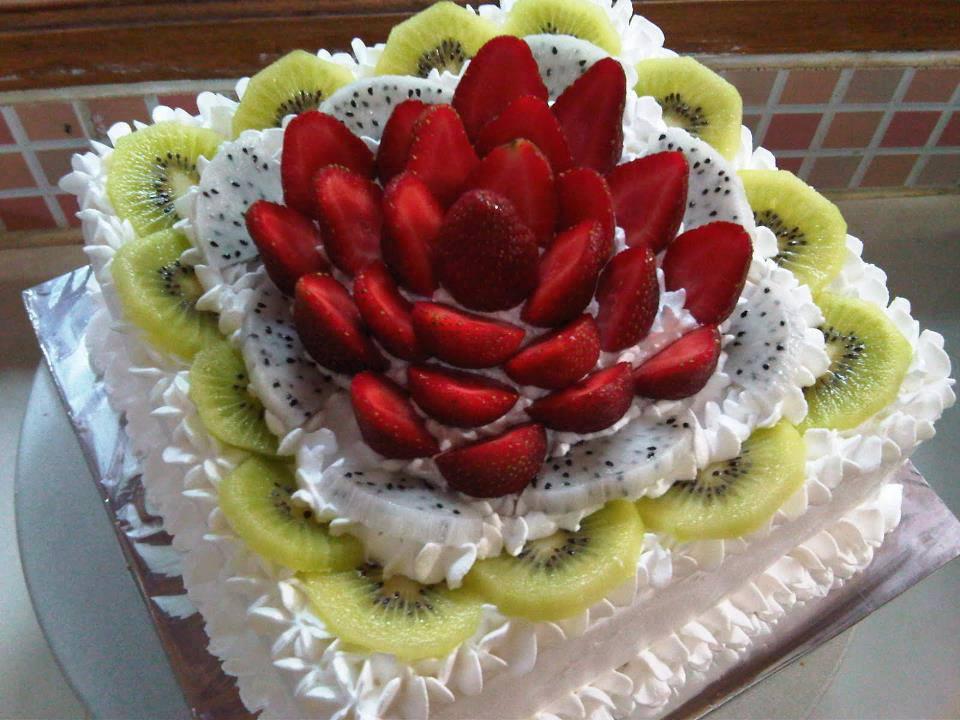 bolo de frutas frescas, 28